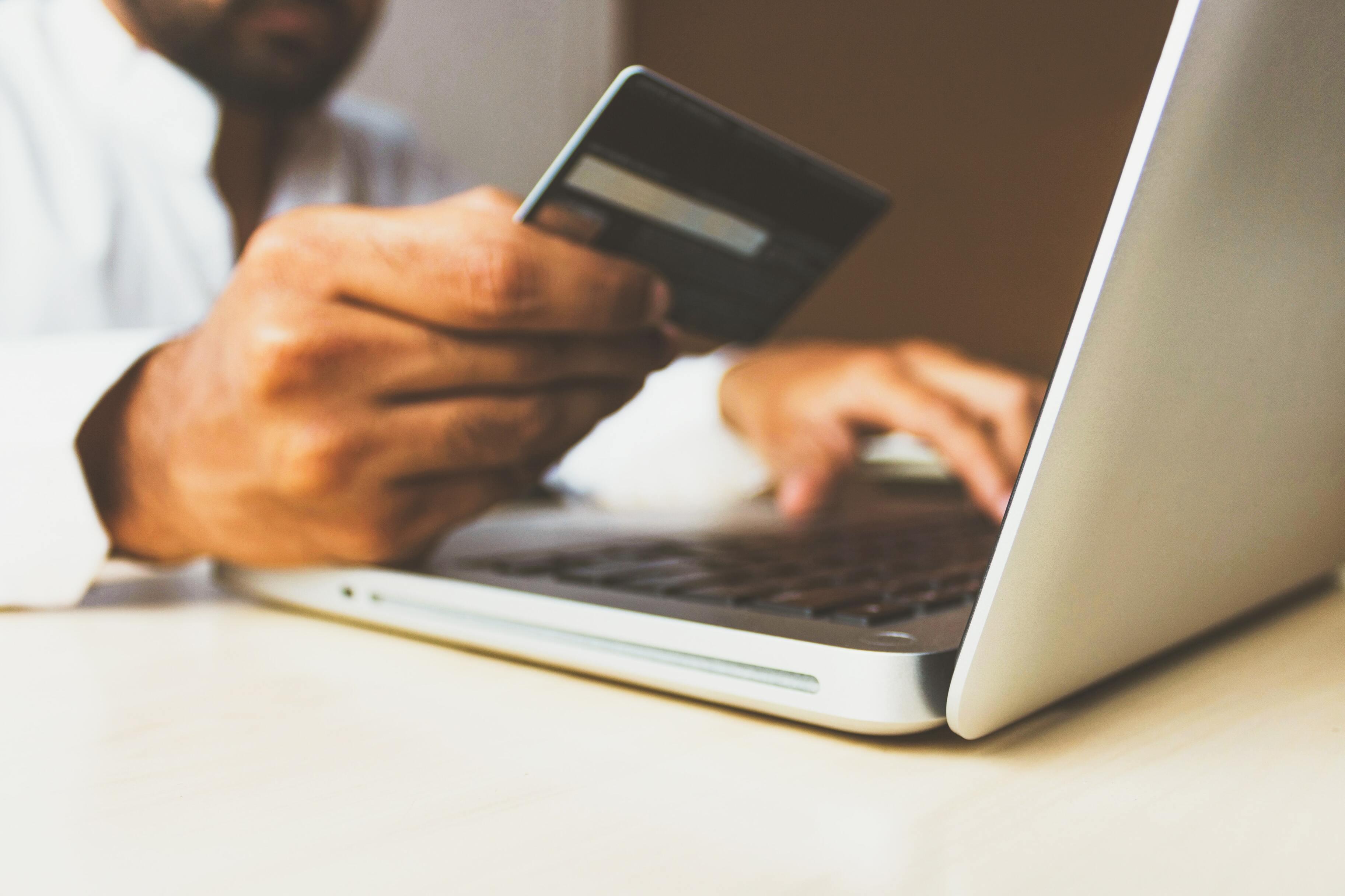 Россиянам упростят споры с интернет-магазинами из-за плохих покупок