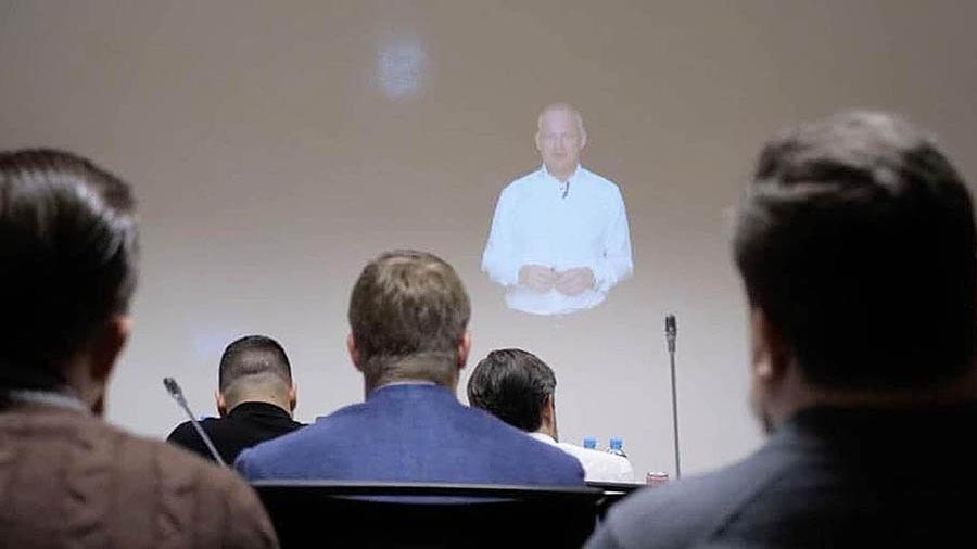 В России запустили голографических профессоров