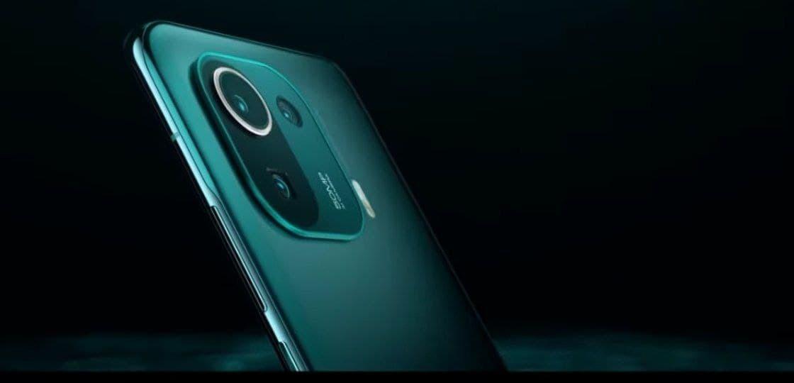 Xiaomi представила флагманский смартфон  короля среди Android-устройств