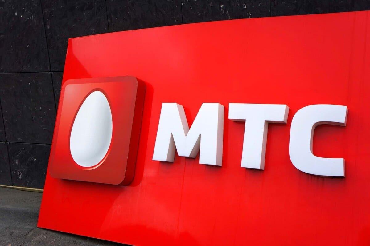 Тинькофф подал в суд на МТС за высокие цены на SMS
