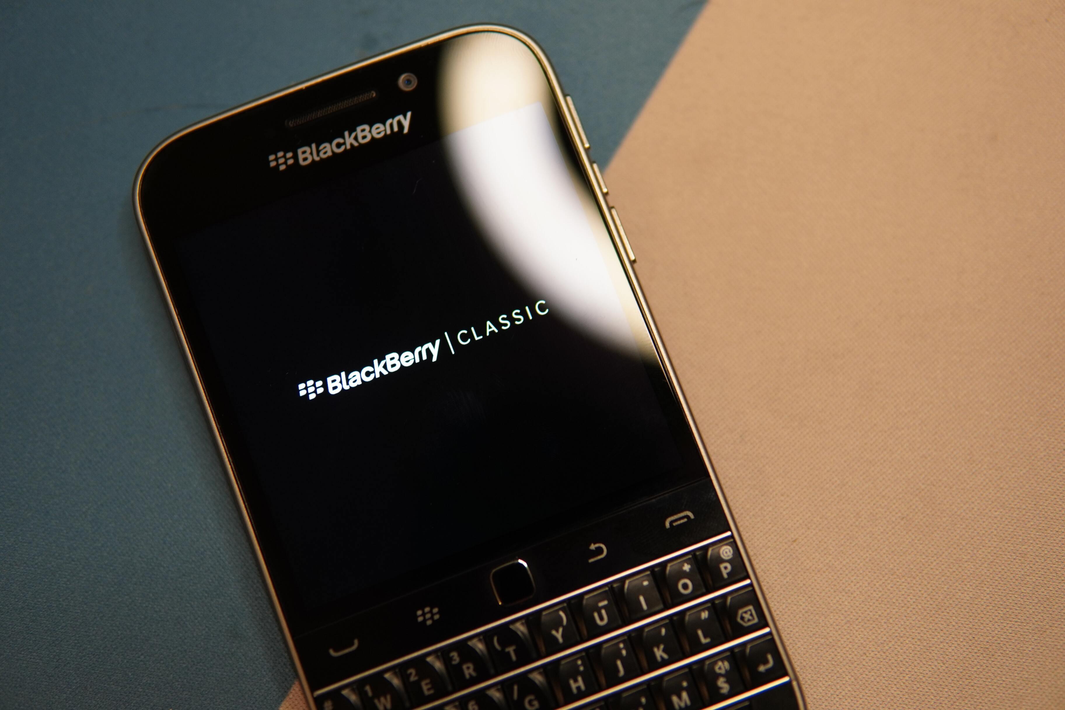 Первый 5G-смартфон BlackBerry получит флагманскую камеру
