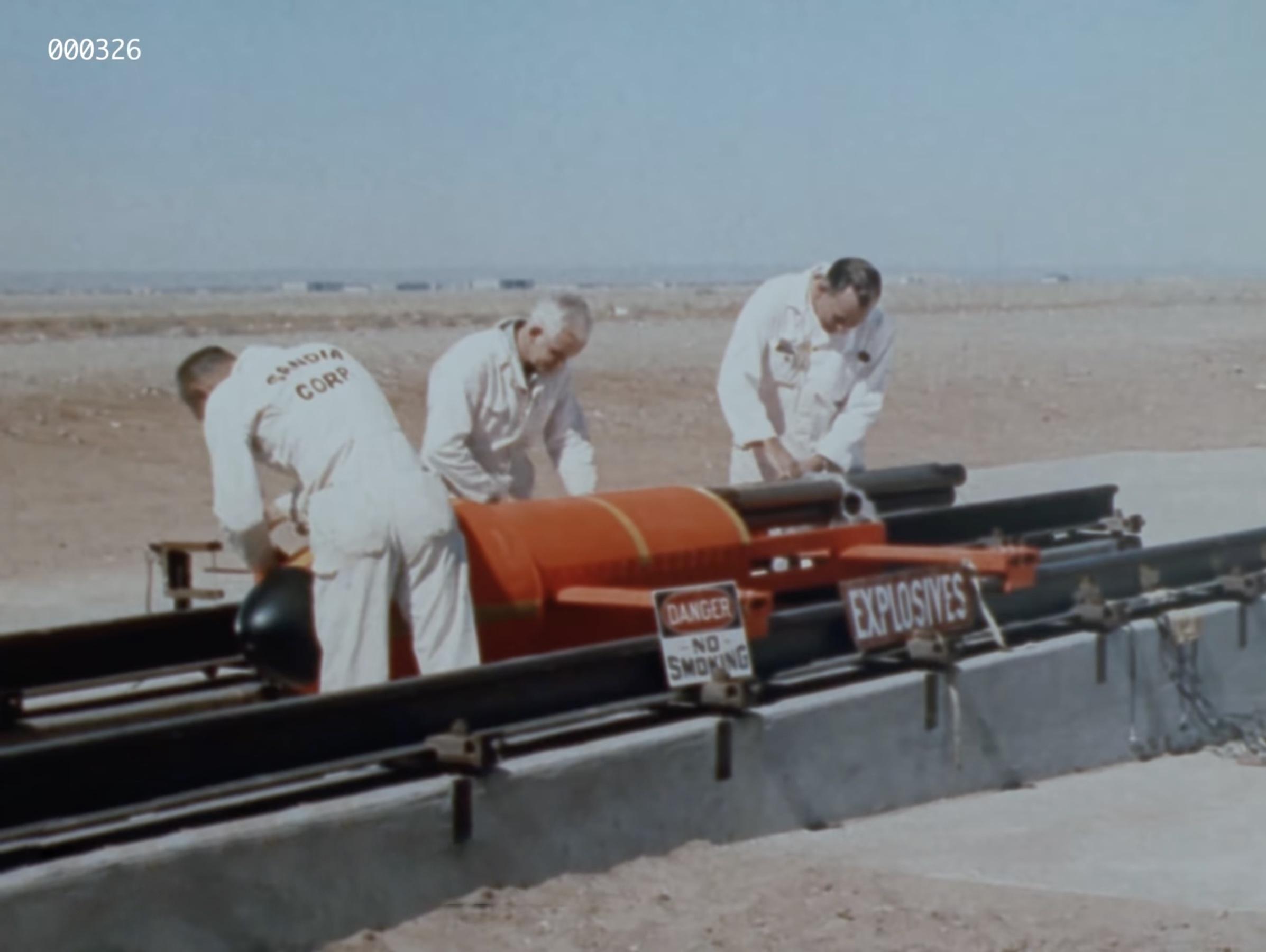 Опубликовано видео военных испытаний бомбы из 1950-х годов