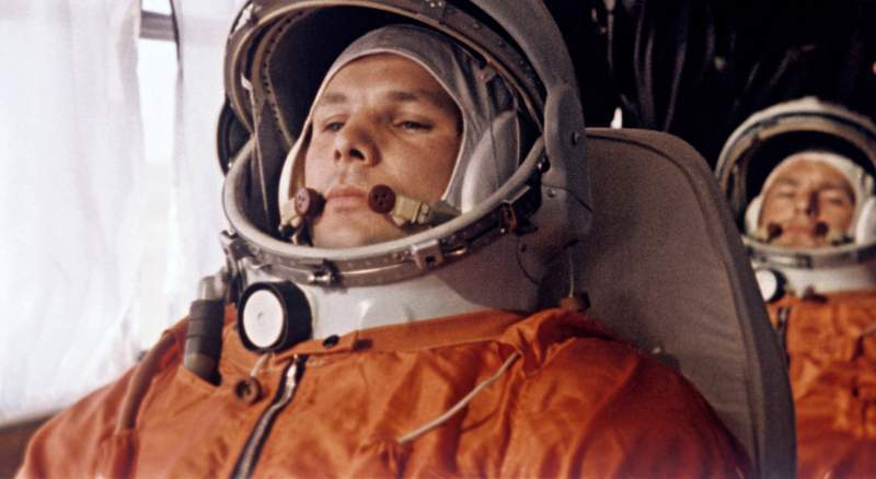 Apple Music выпустил плейлист с музыкой, которую слушал Гагарин перед первым полётом в космос
