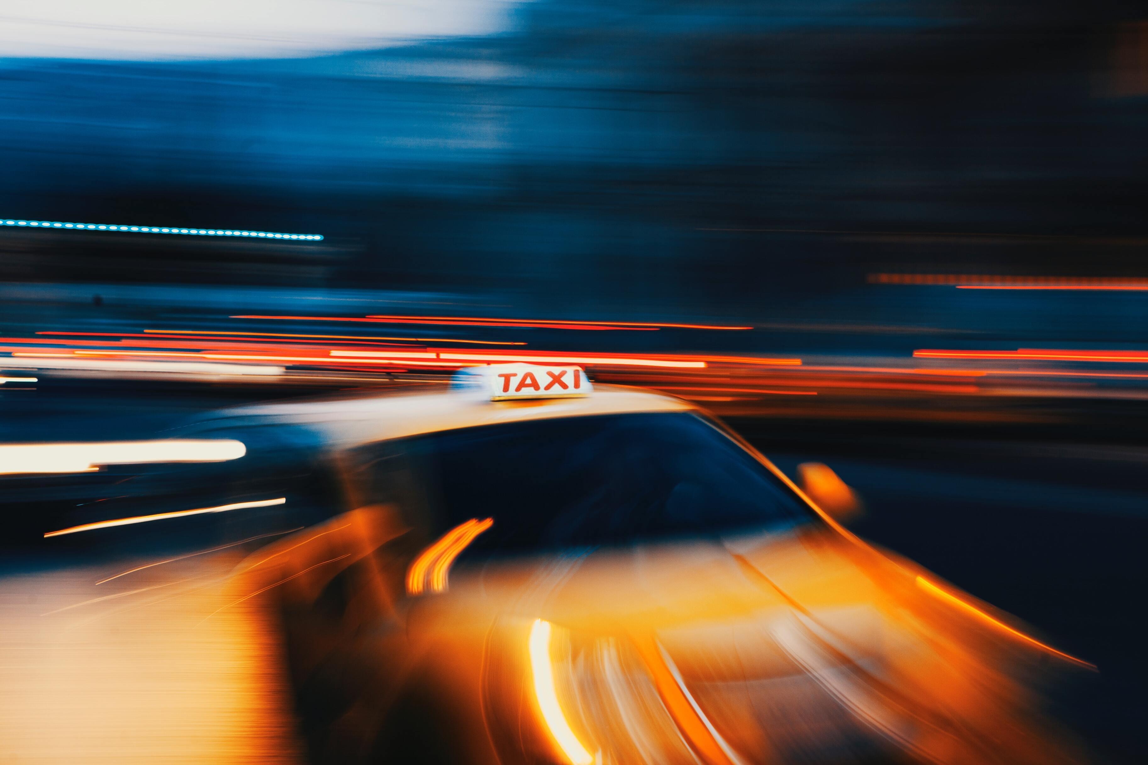 Китайский агрегатор такси внедрит автомобили без водителей