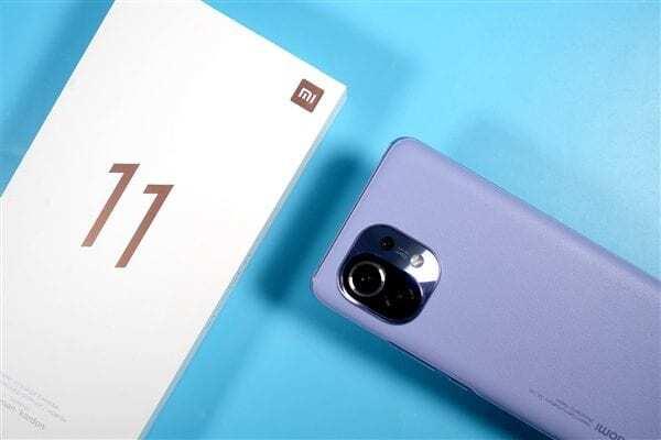 Владельцы флагманских Xiaomi Mi 11 столкнулись со сгоревшими материнскими платами своих смартфонов