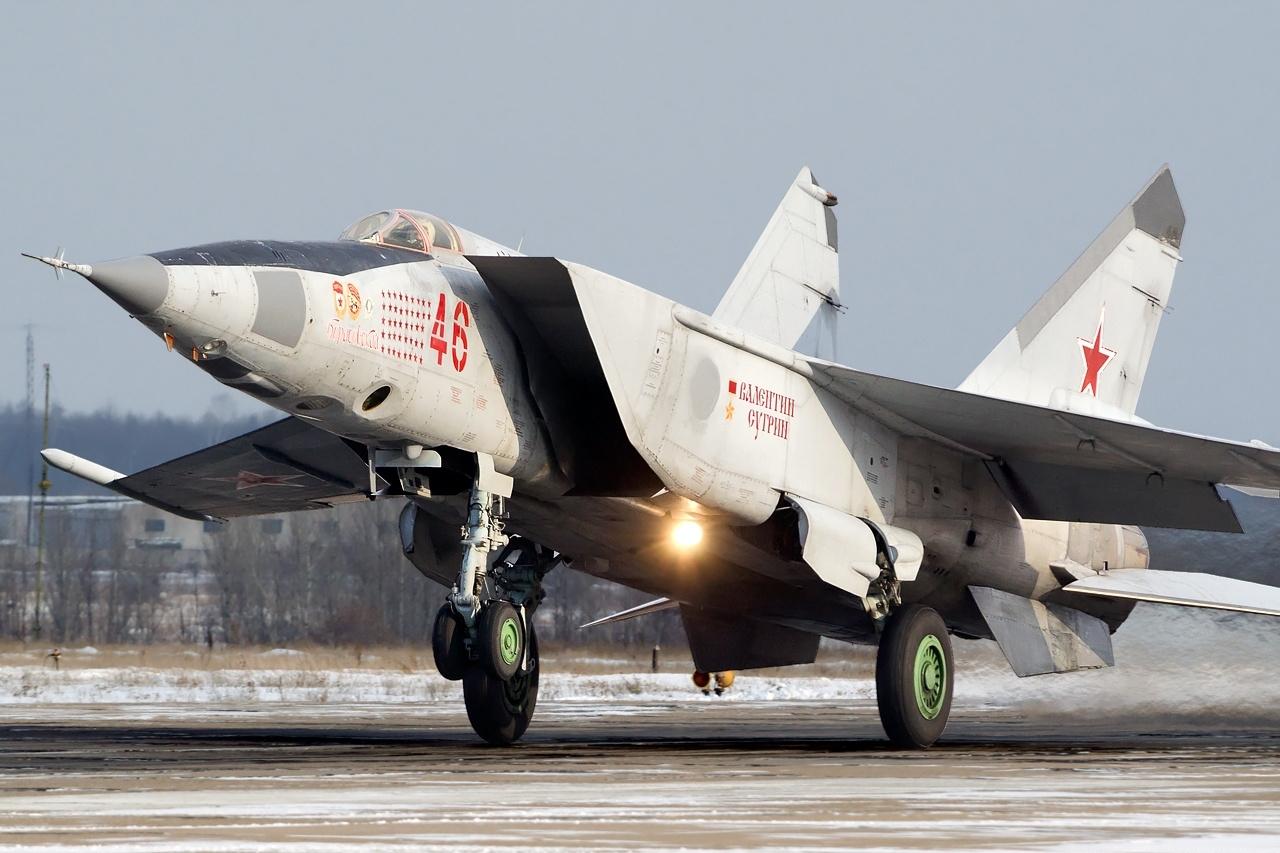 В список самых быстрых самолетов в мире попал советский истребитель МиГ-25