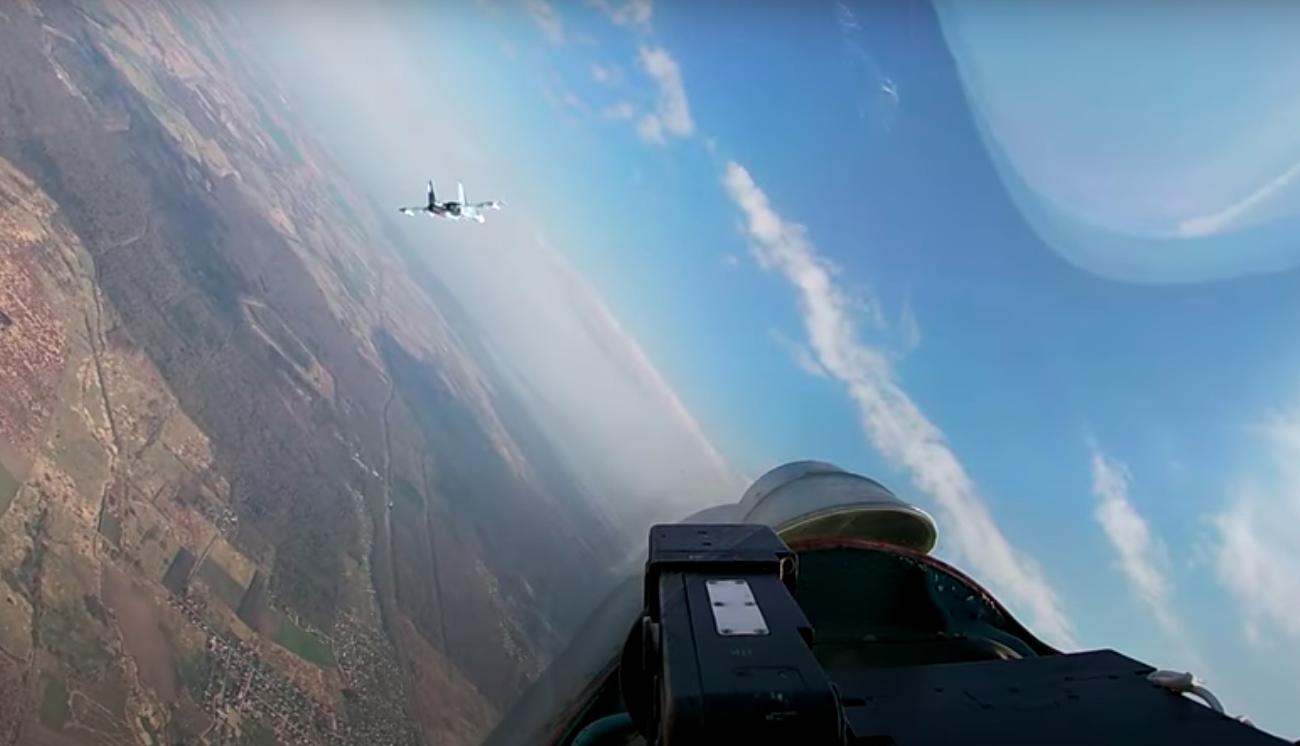 На видео показали бой истребителей Балтийского флота
