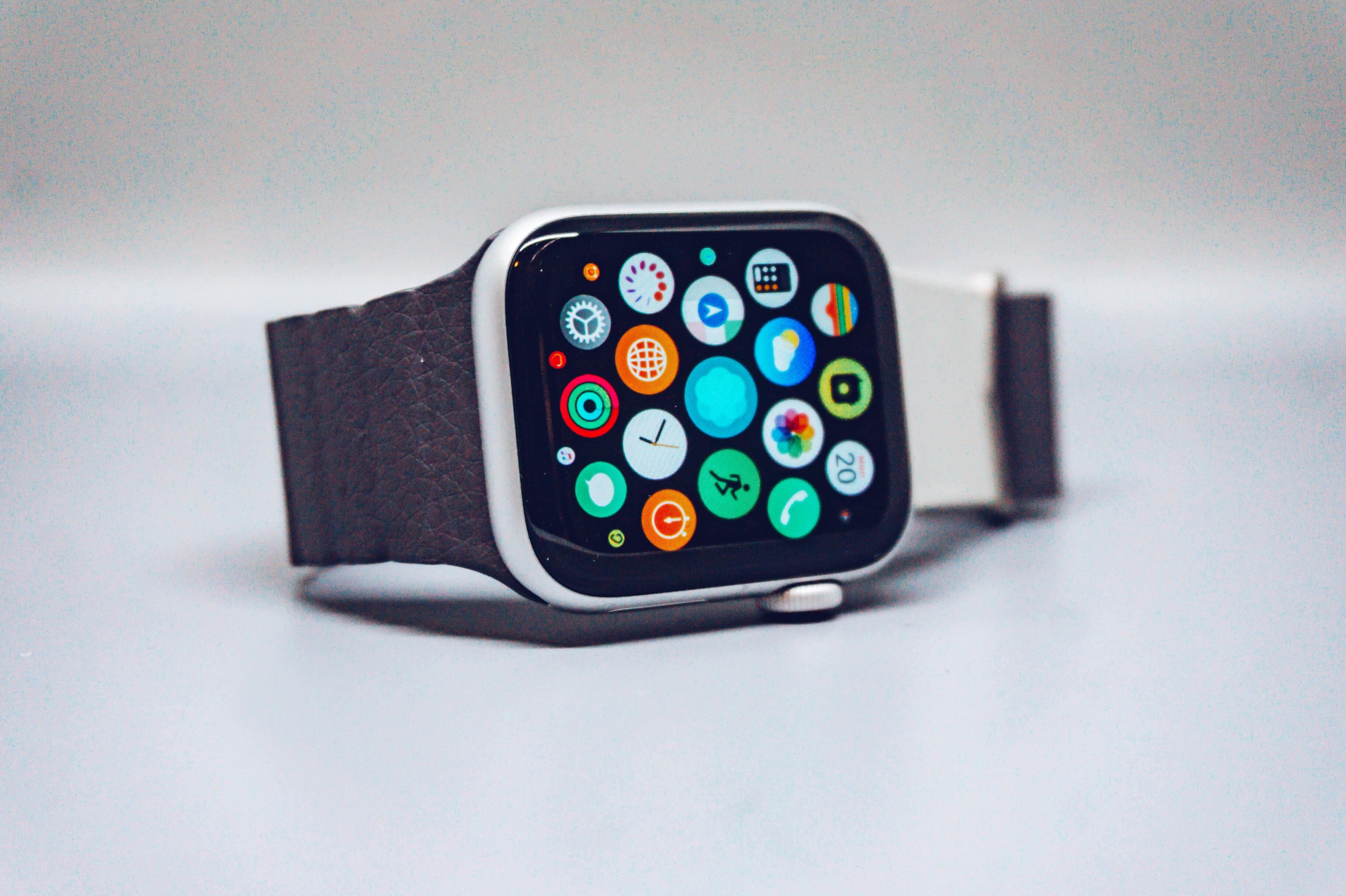 Будущие умные часы Apple будут измерять сахар в крови