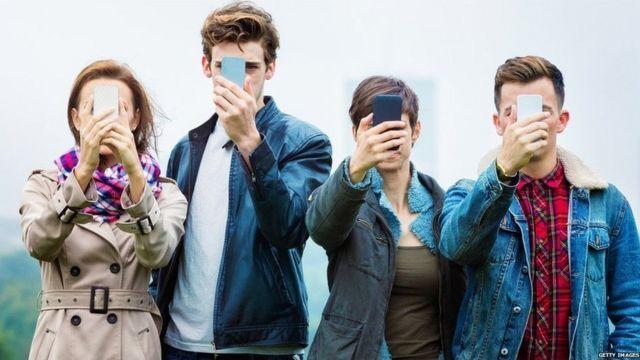 Ученые выяснили, что влияние технологий на подростков почти не меняется с 90-х годов