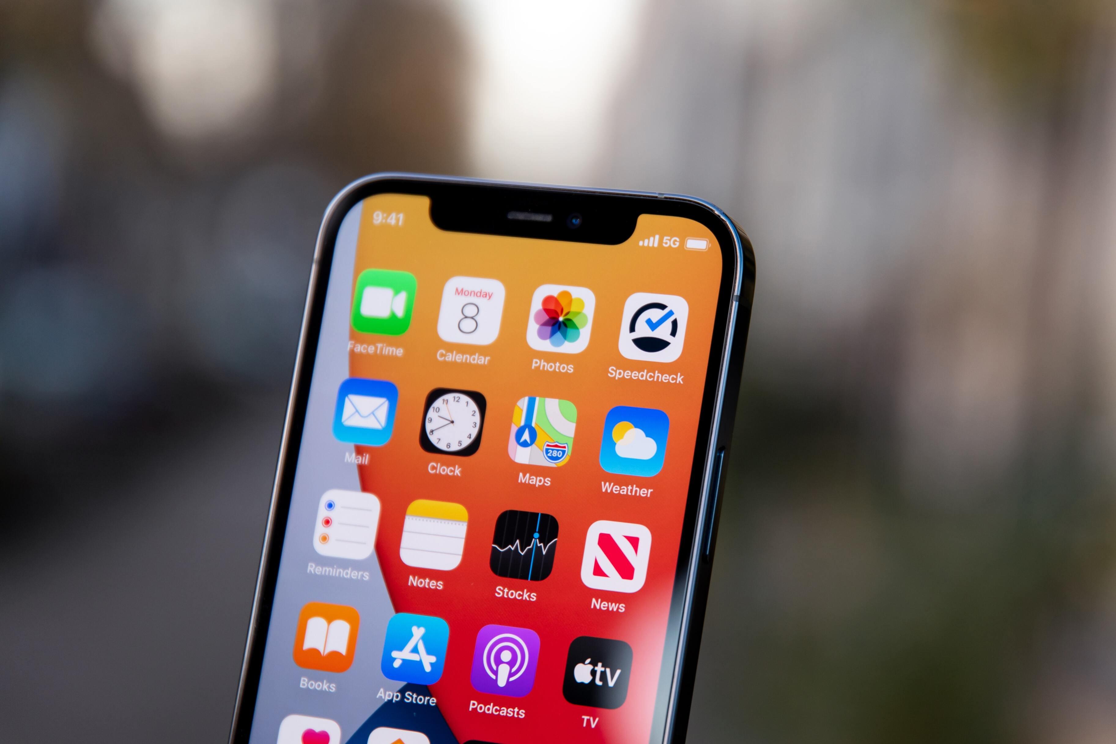 Цифра дня: Сколько владельцев iPhone согласились на слежку от сторонних приложений