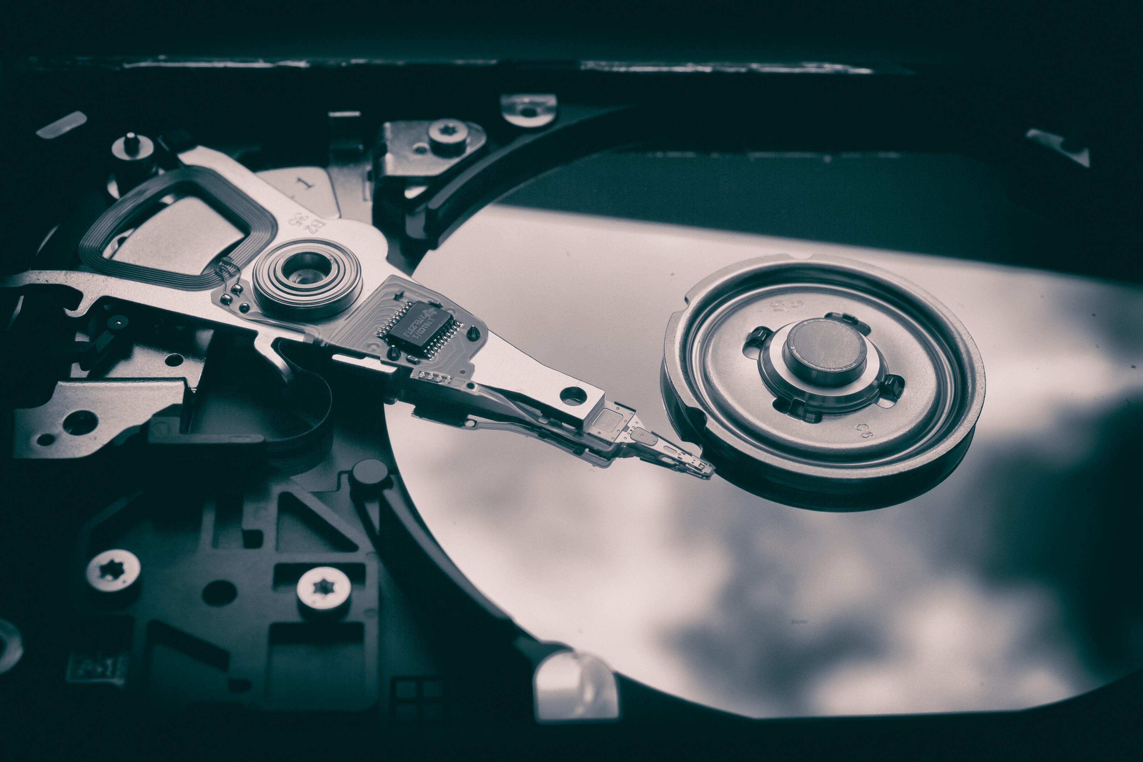 Россияне резко начали скупать жёсткие диски и SSD