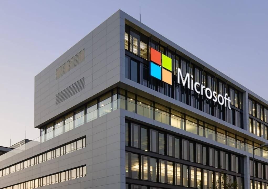 Apple обвинила Microsoft в даче ложных показаний