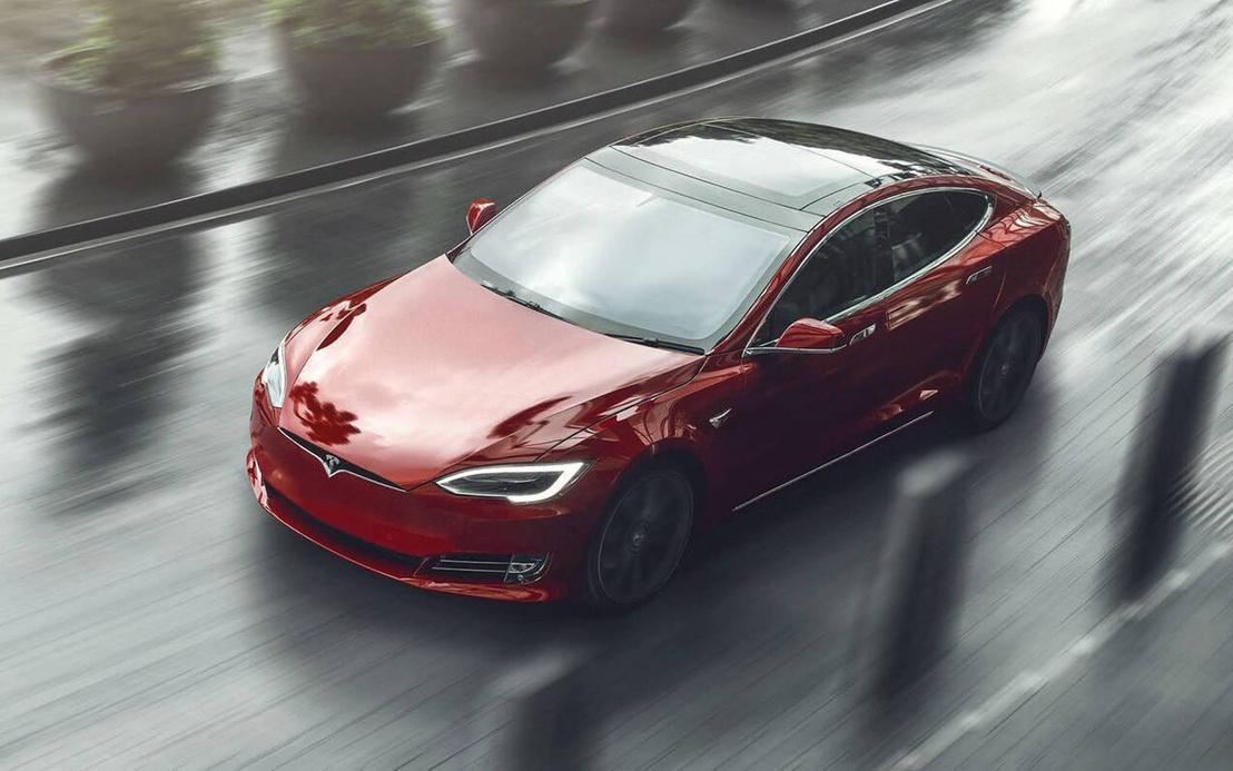 Илон Маск назвал самый быстрый серийный автомобиль в мире