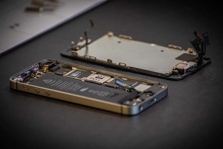 Apple, Google и Microsoft объединились против закона о праве на ремонт