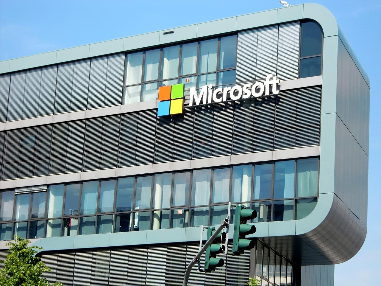 Microsoft значительно сократила штат российского офиса
