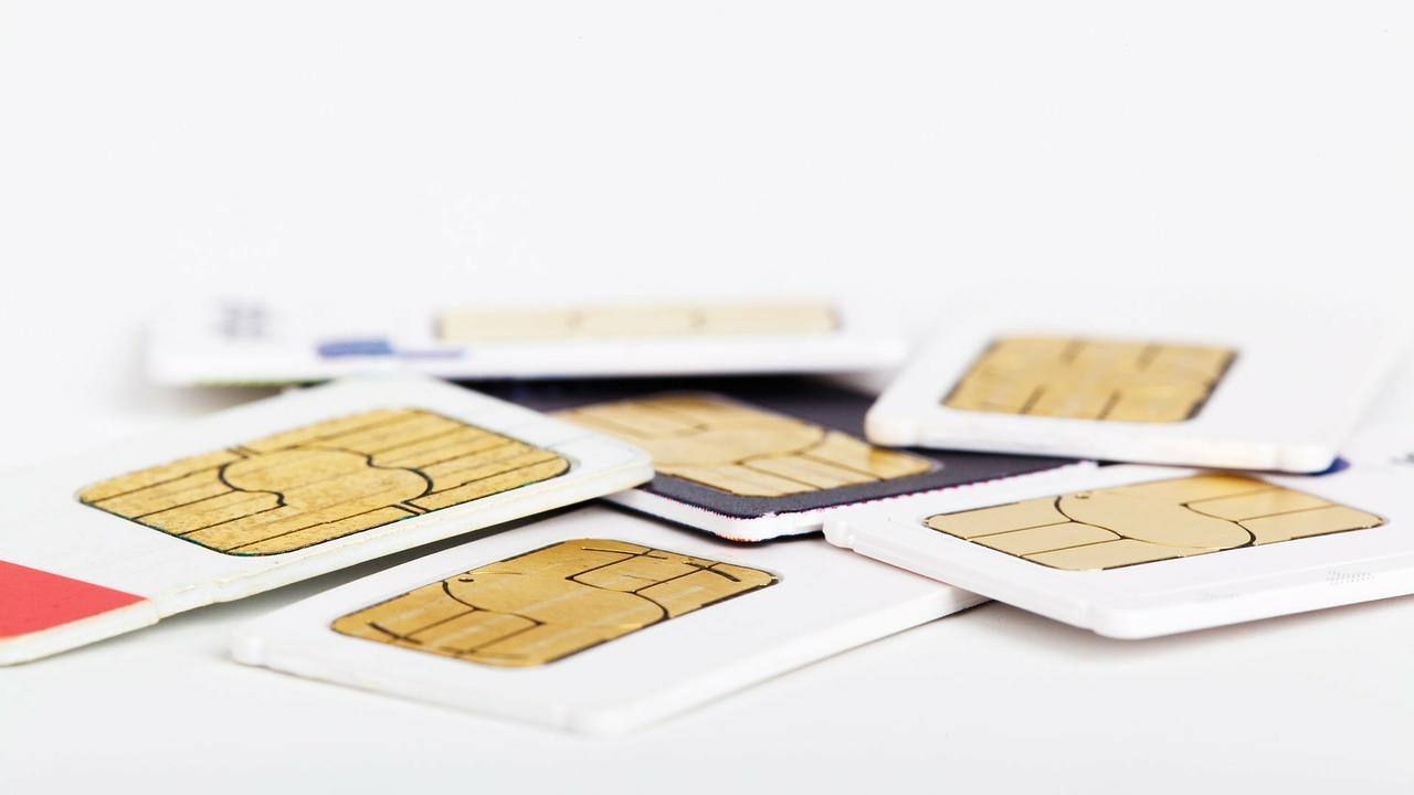 Российский робот начал продавать SIM-карты