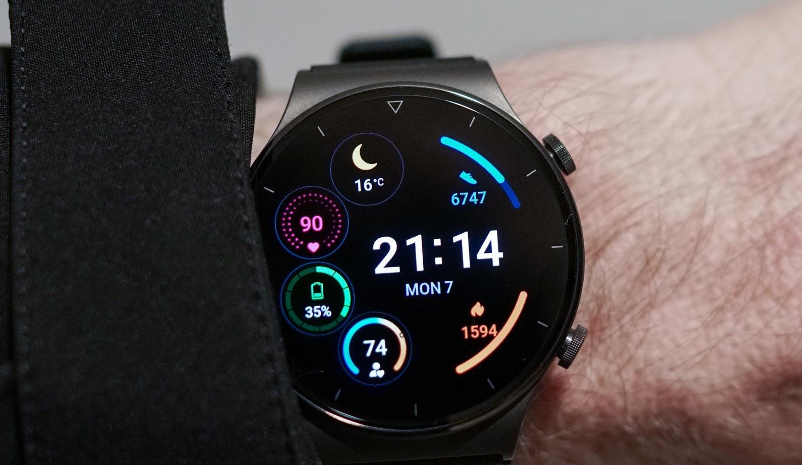 Владельцы первых умных часов на HarmonyOS от Huawei столкнулись с серьёзной проблемой