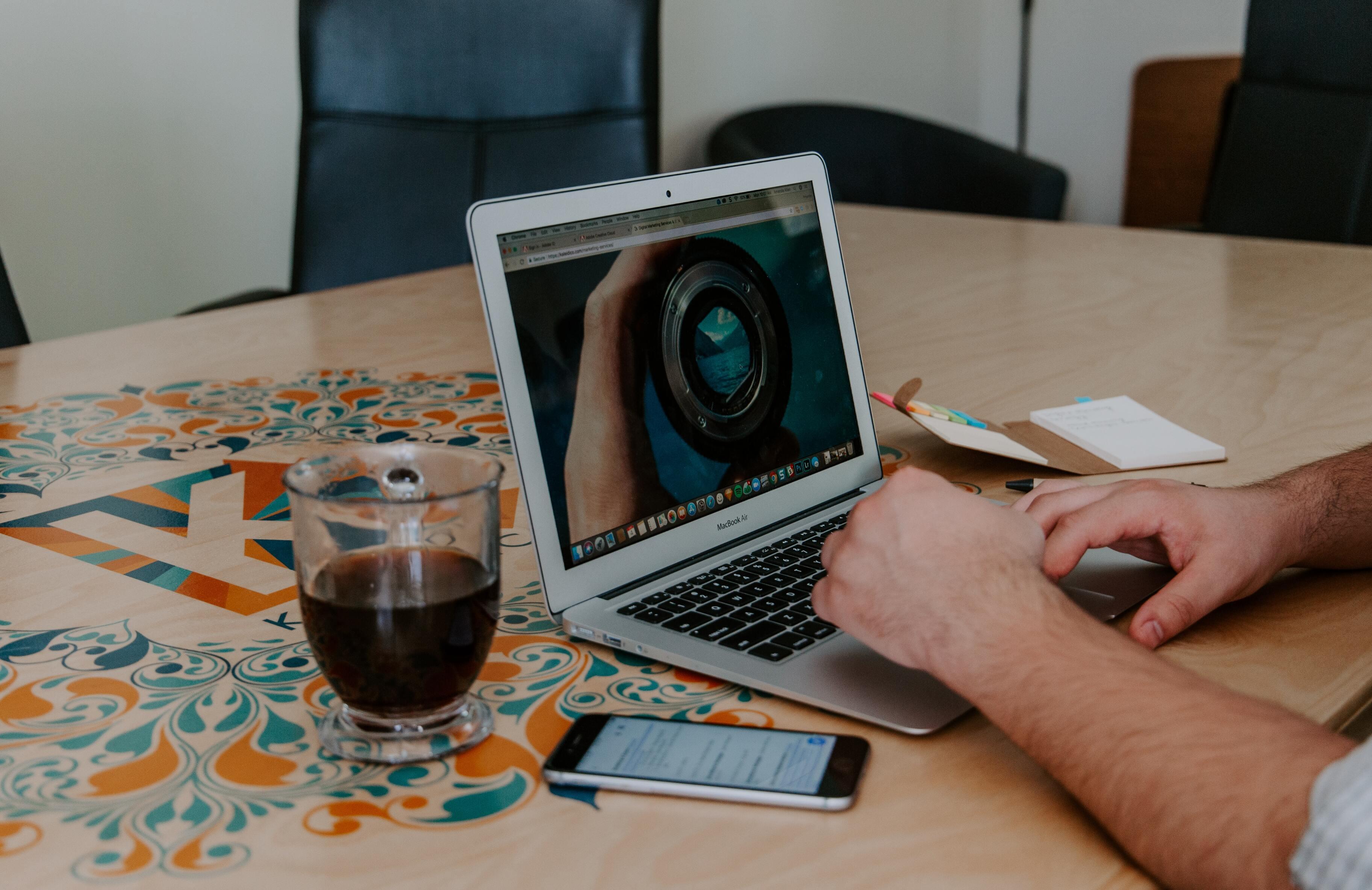 Во все ноутбуки на Windows 11 обяжут устанавливать веб-камеры