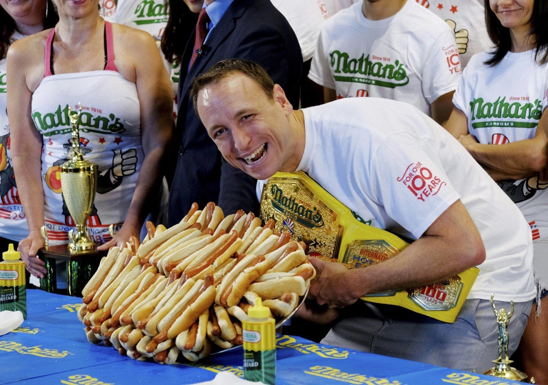 Учёные назвали максимальное количество еды, которое может съесть человек за один раз