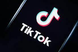 В TikTok удаление откровенного контента поручат компьютеру