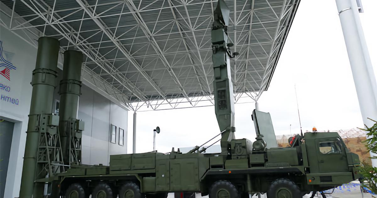 Разработчики новейшей ракеты С-500 получили первый контракт на поставки комплекса