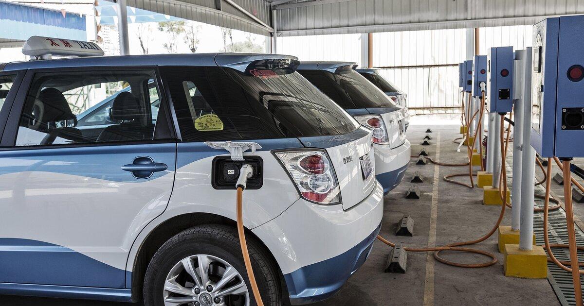 Названы три главных недостатка электромобиля