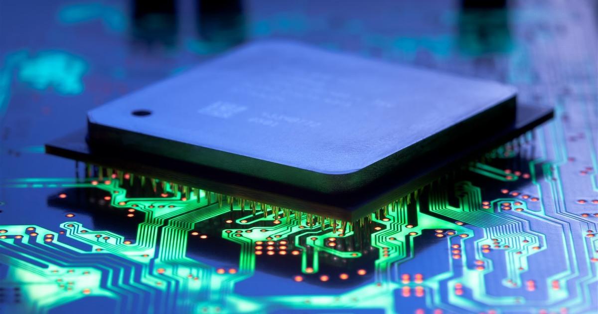 Правительство РФ попросило программистов переделать программы для работы на процессорах «Эльбрус» и «Байкал»