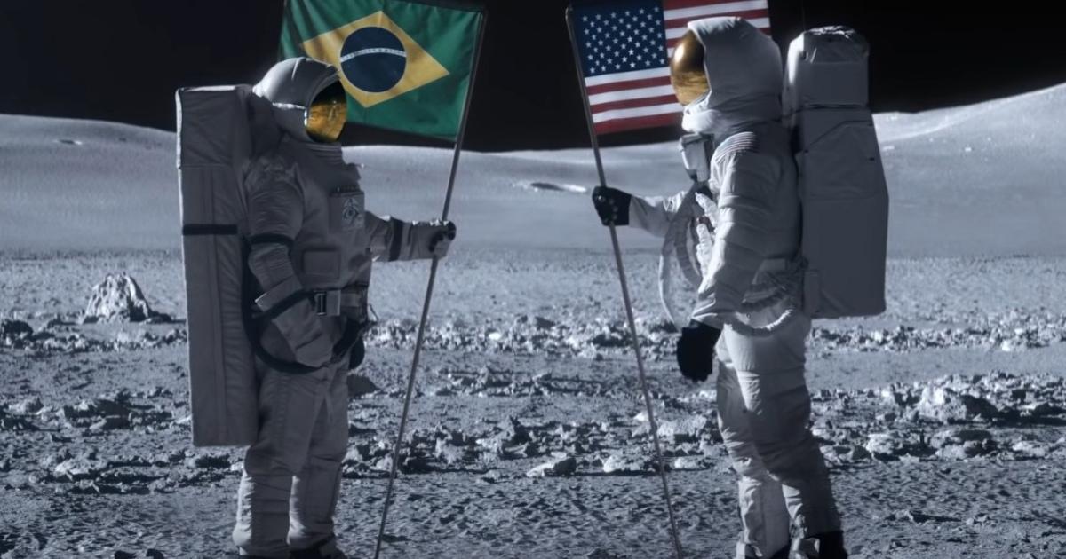 В новой компьютерной игре показали драку космонавтов двух стран на Луне