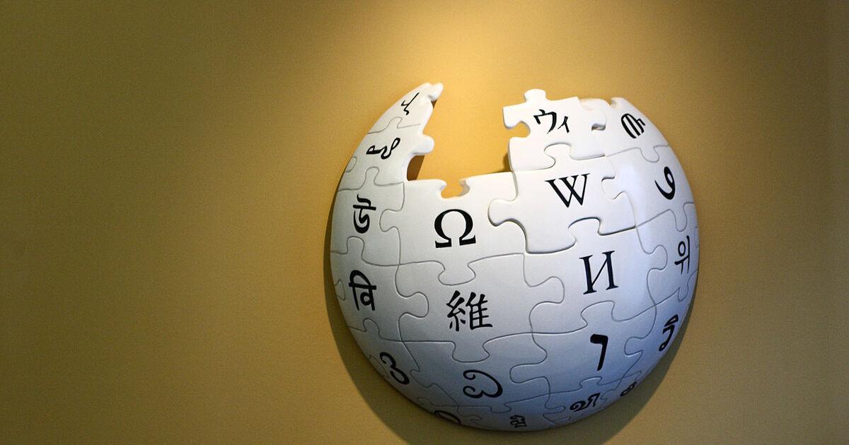 Википедия начнёт корректировать факты по образцу англоязычных статей
