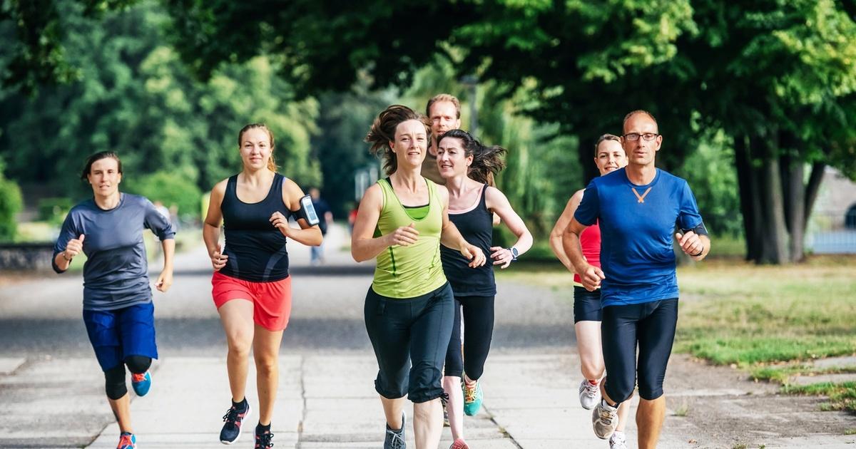 Учёные рассказали, как спорт защищает от коронавируса