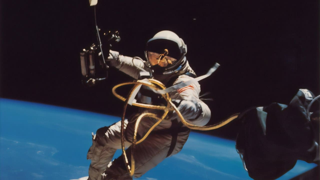 Россия отправит на орбиту сразу двух иностранных космических туристов