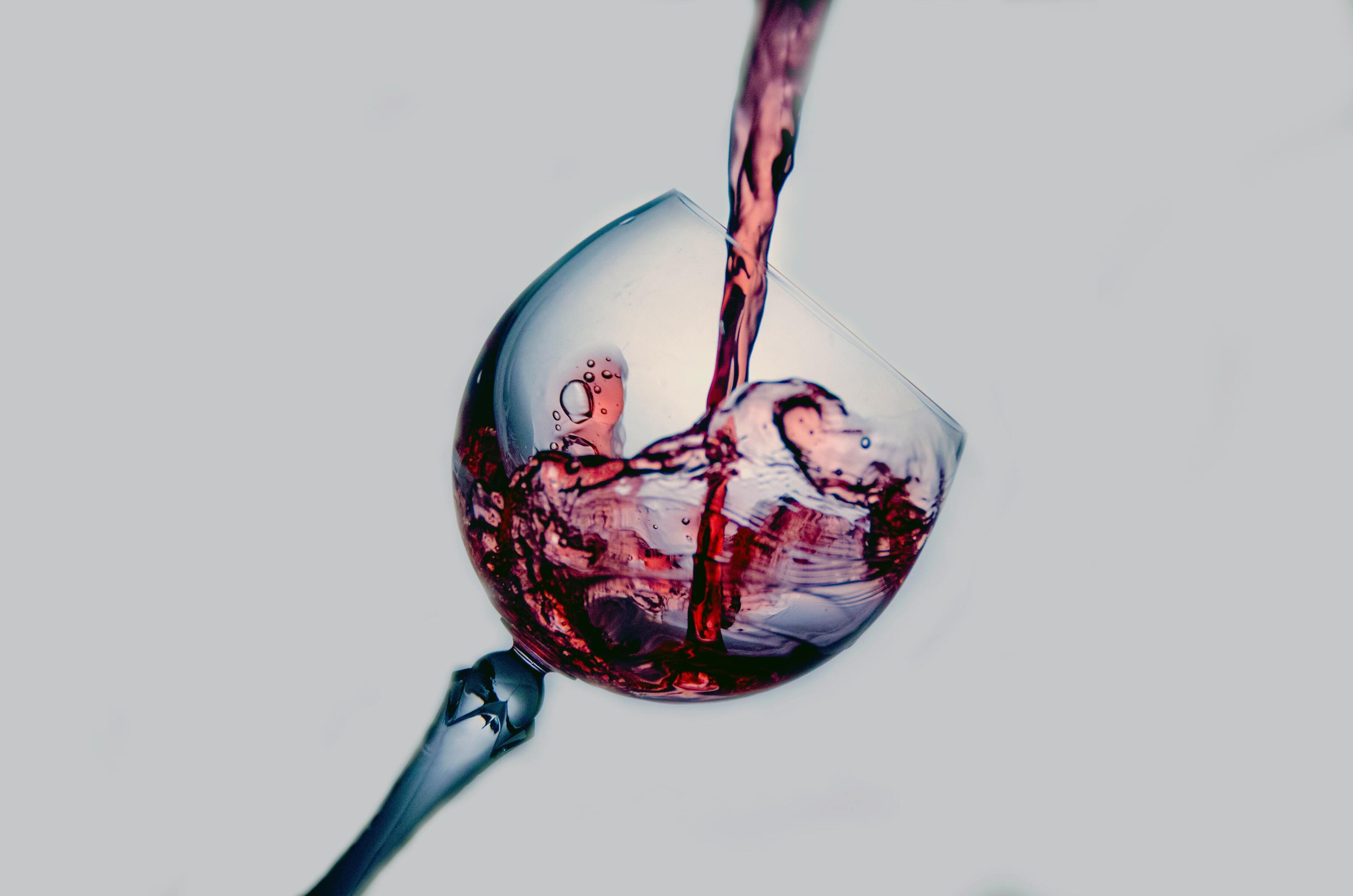 Учёные узнали, как красное вино влияет на артериальное давление