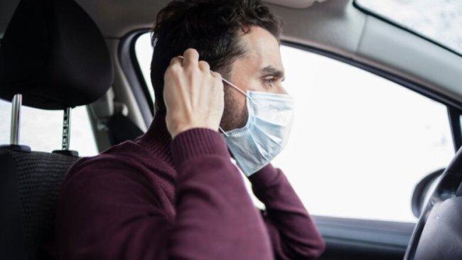 Исследователи рассказали, как не заразиться COVID-19 в автомобиле