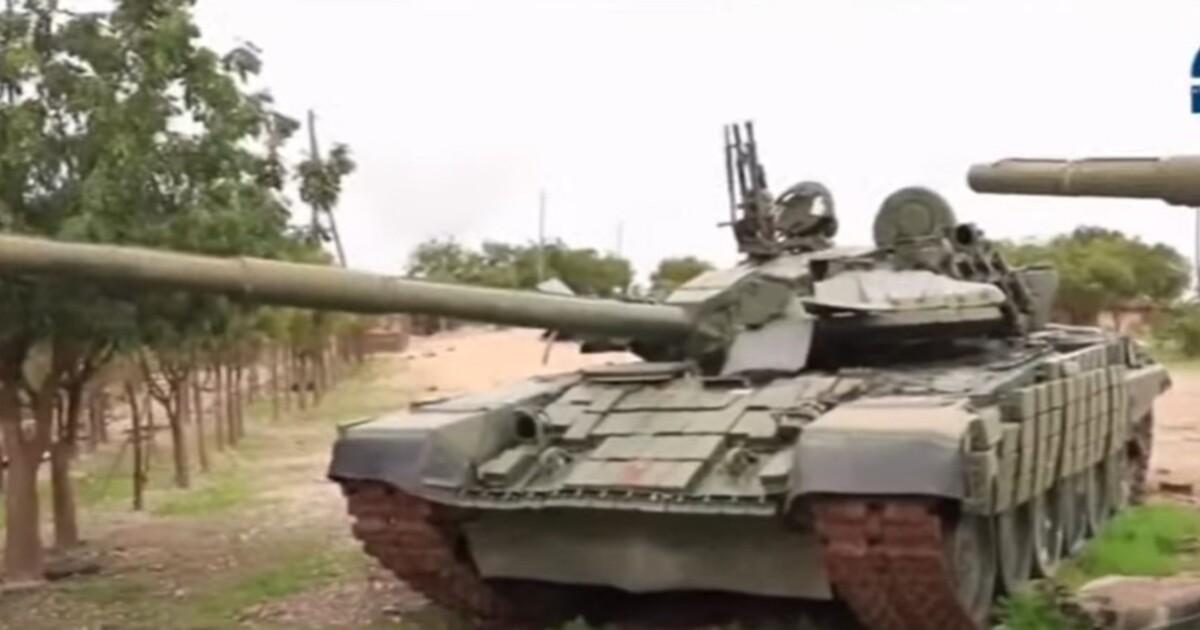 Модернизированный украинский танк с первого раза захватили боевики