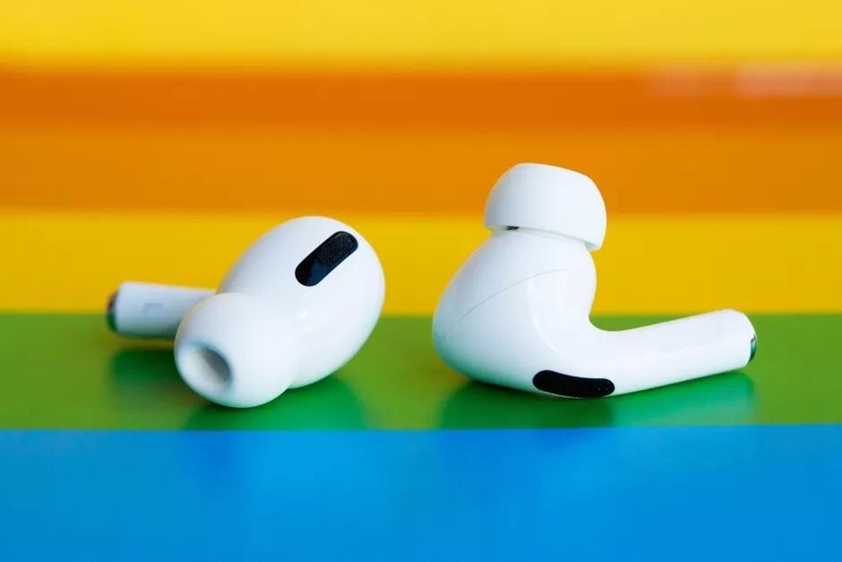 Новые беспроводные наушники Apple AirPods 3 получат увеличенную батарею