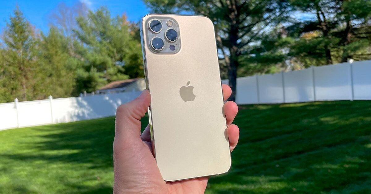 Названы все недостатки iPhone 12 Pro Max по итогам длительного использования