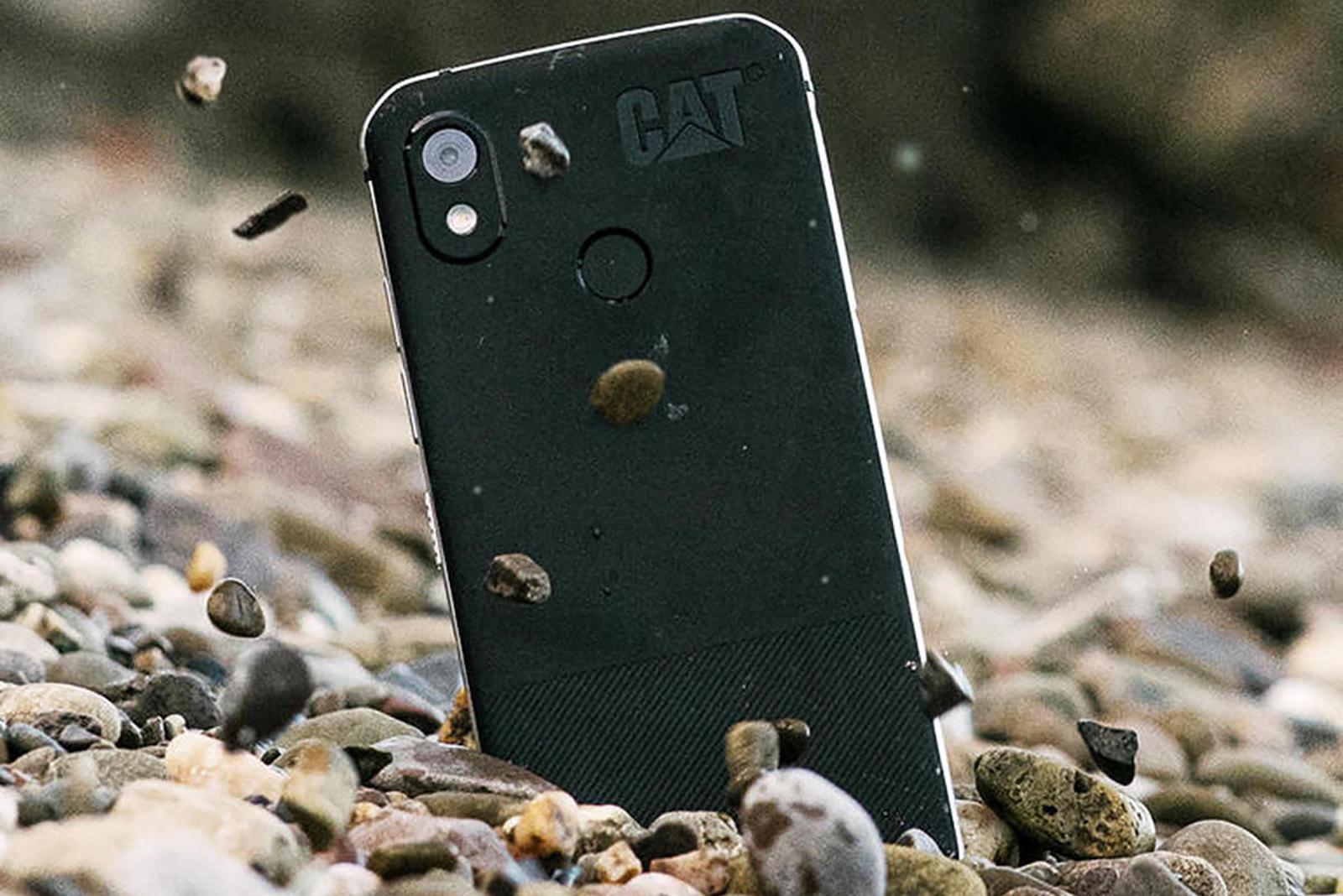 Названы 10 современных смартфонов с водозащитой и ударопрочным корпусом