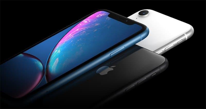Apple свернула продажи своего самого дешёвого iPhone «с чёлкой»