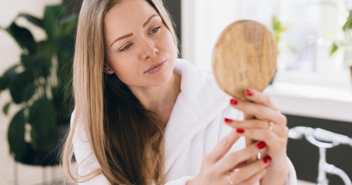 Дерматолог рассказала о скрытых заболеваниях, которые можно определить по состоянию кожи