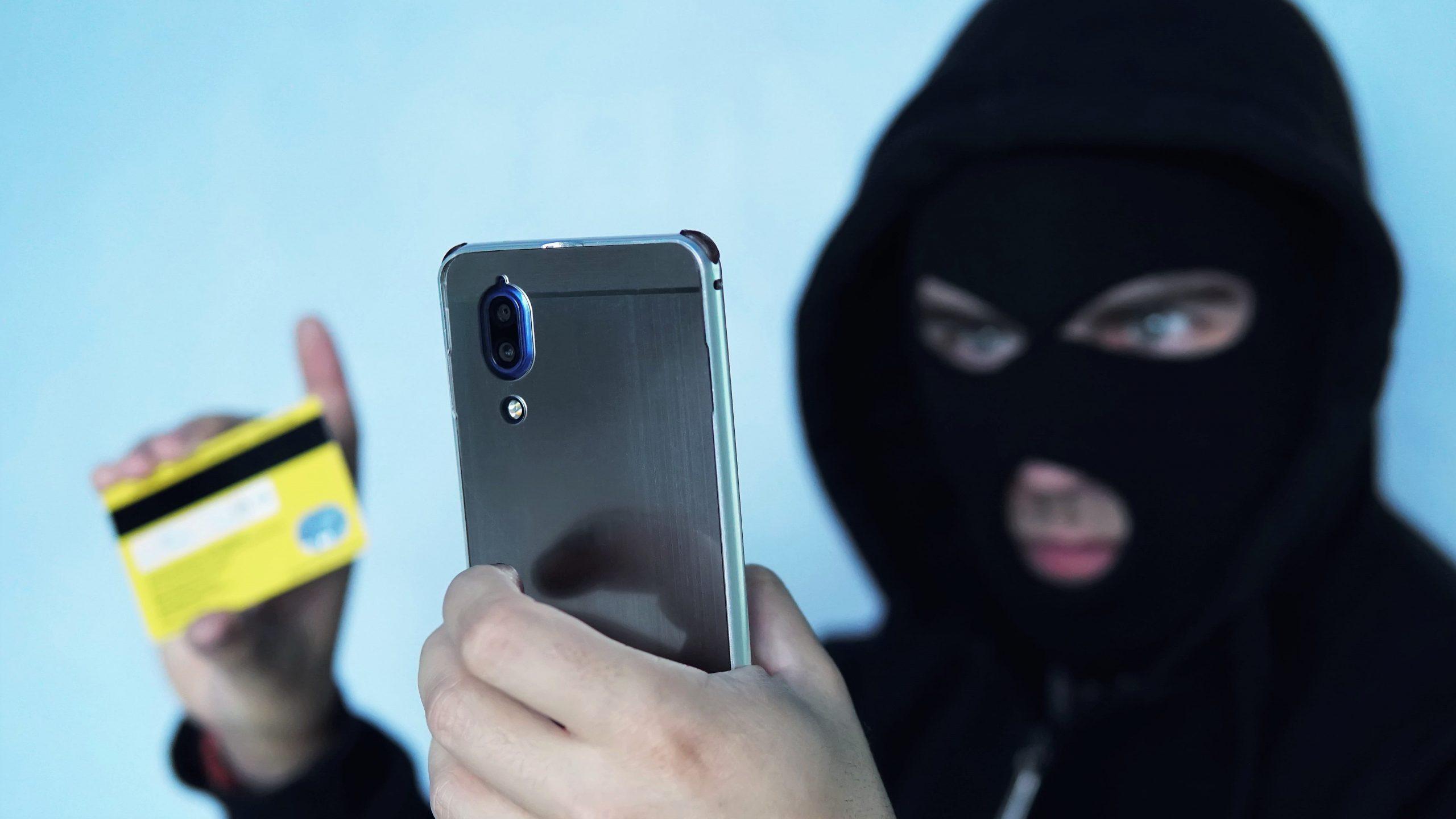 Скольких россиян успешно обманули на деньги телефонные мошенники