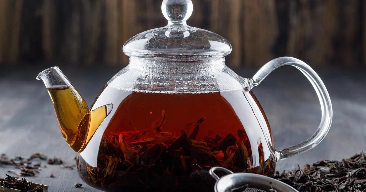 Чёрный и зелёный чаи сравнили по пользе для сосудов человека