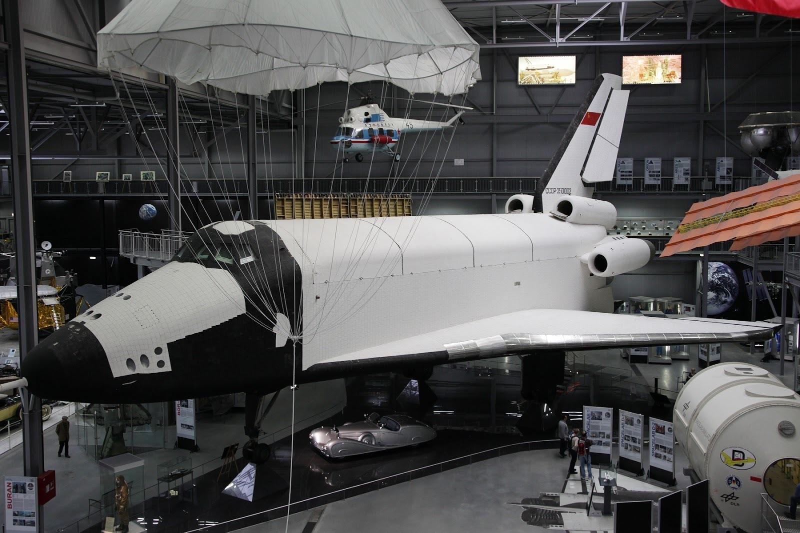 Эксперт объяснил, почему Россия вспомнила о старом проекте космического корабля Буран