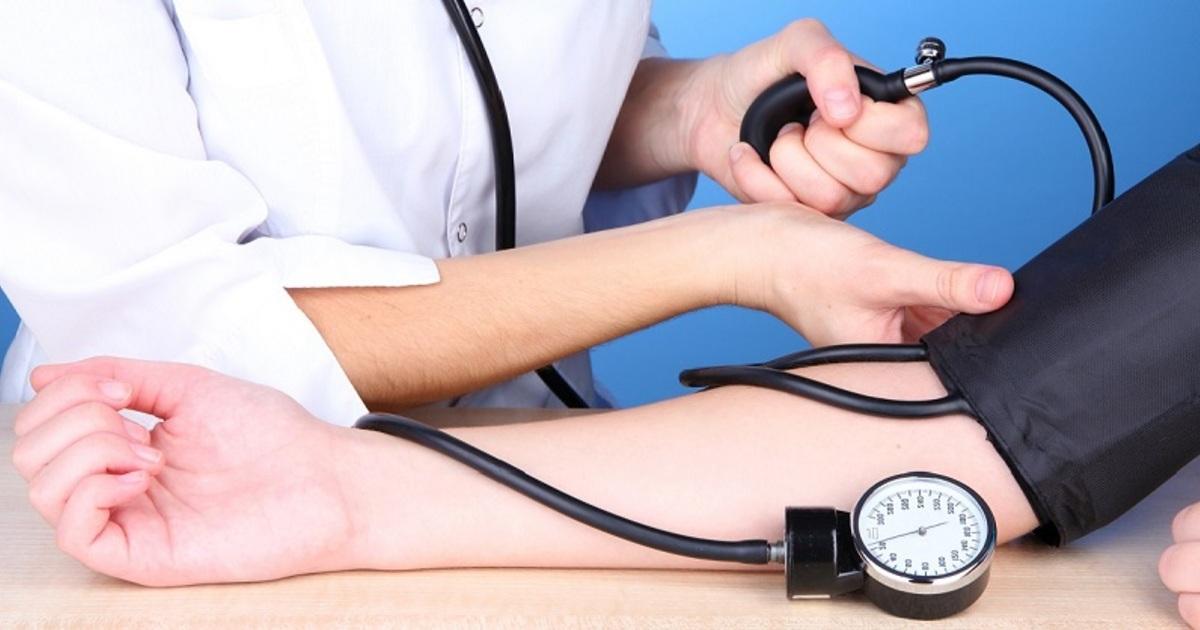 Перечислены простые способы снизить давление без приема лекарств