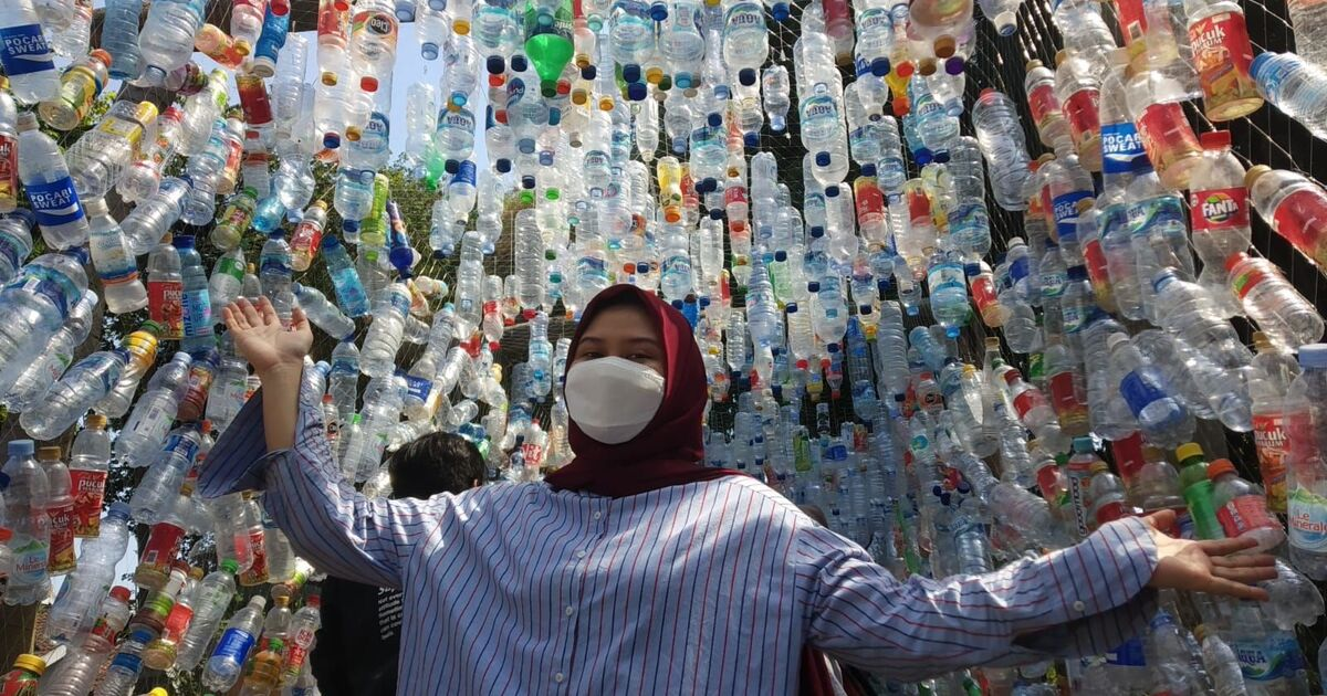 Создан музей из пластикового мусора