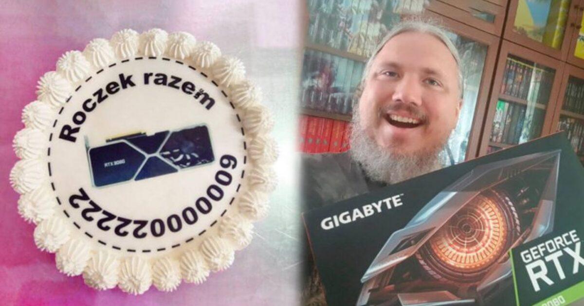 Игрок отправил магазину торт после года ожидания видеокарты NVIDIA и наконец получил её
