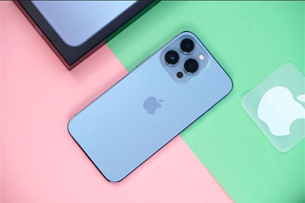 Apple может отменить выпуск десятков миллионов iPhone 13 из-за глобального дефицита микросхем