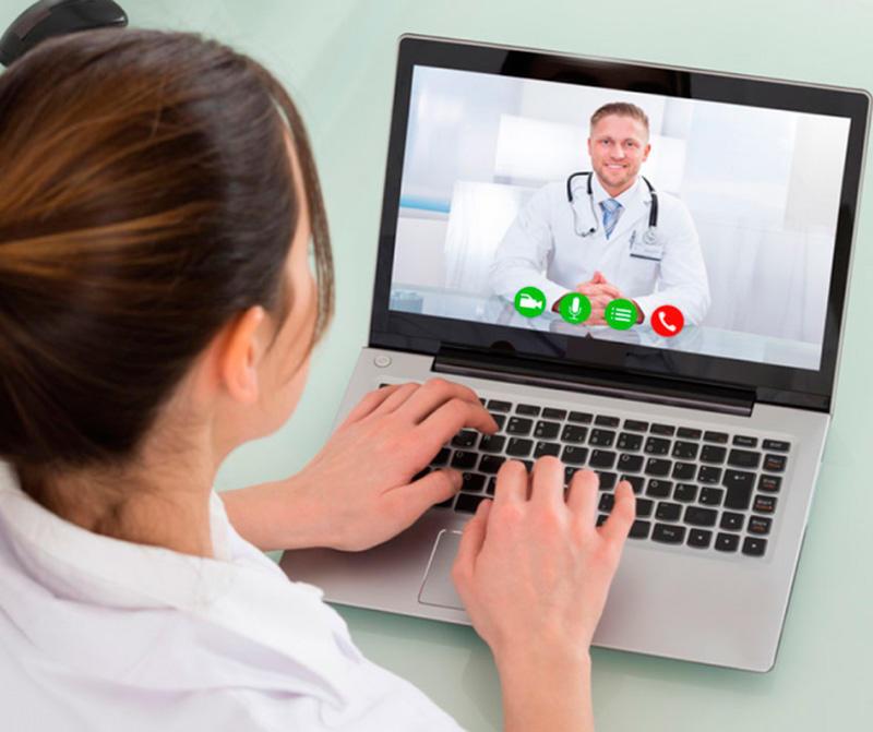 Российским врачам позволят ставить диагнозы по интернету