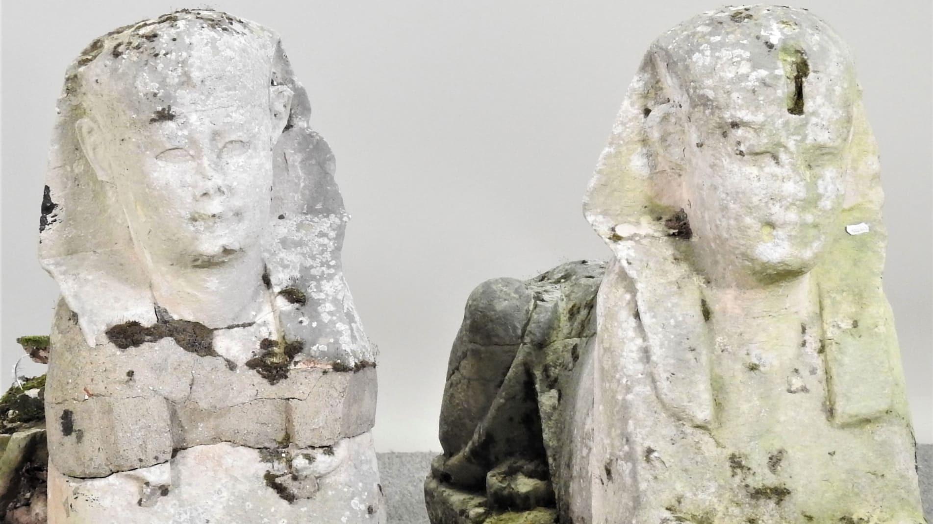 Британская семья хотела продать садовые статуи, которые оказались древнеегипетскими артефактами