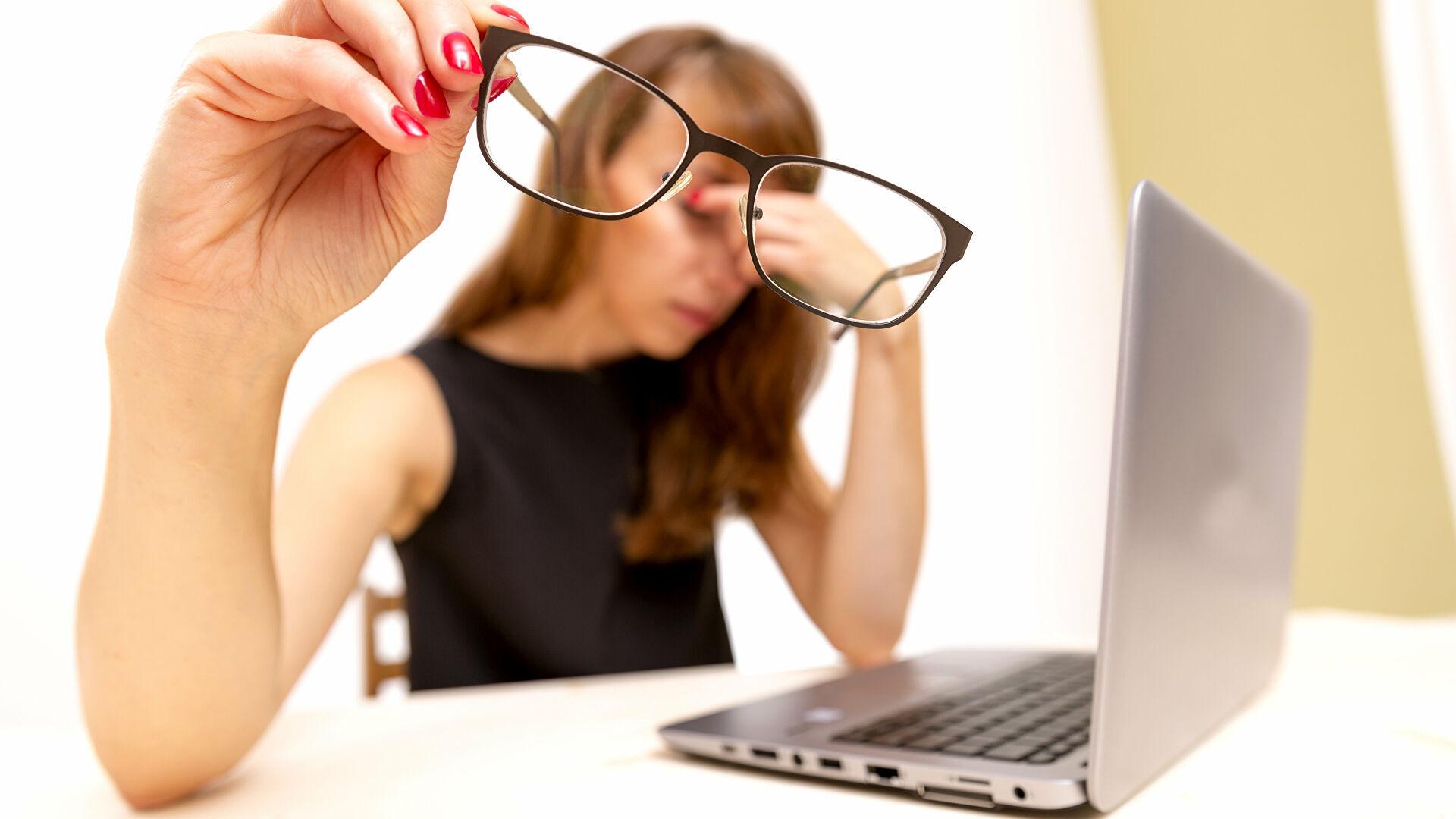 Российский эксперт назвал способ сохранить зрение при длительной работе за компьютером