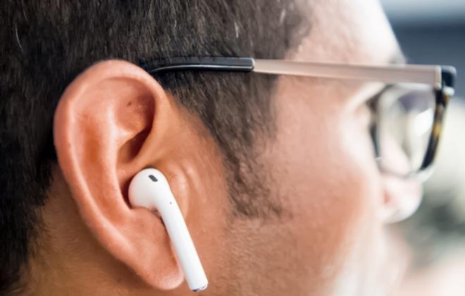 Apple научит AirPods 2 не загораться в ухе под воздействием влаги ...